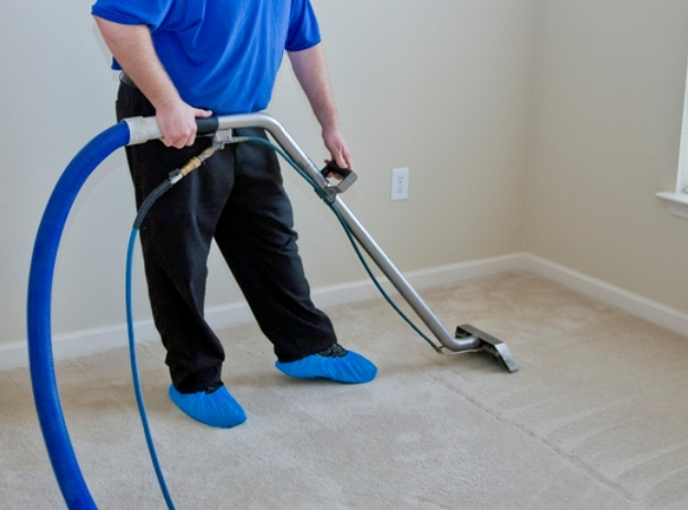 Golden CO Carpet Cleaning - Advance
